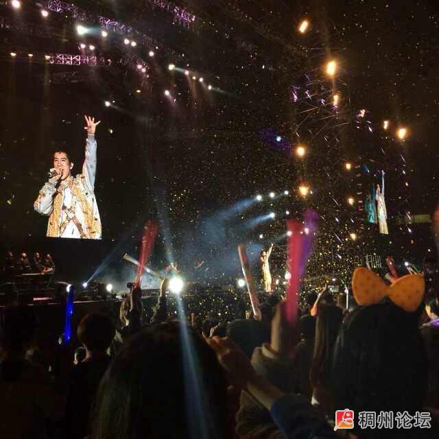 王力宏演唱会,土豪们 不看会后悔,看了更后悔了吧